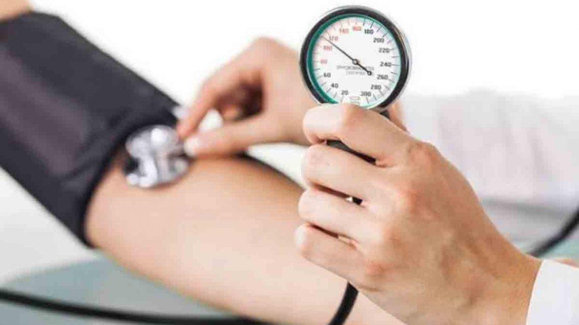 دستگاه عقربه ای اندازه گیری فشار خون   مرکزخدمات پرستاری پارسیان مهرپرور