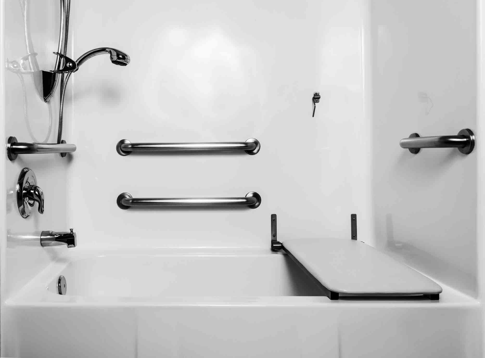 استحمام سالمندان|مرکز پارسیان مهرپرور