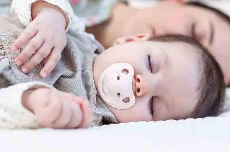تنظیم خواب نوزاد | مرکز خدمات پرستاری پارسیان مهرپرور