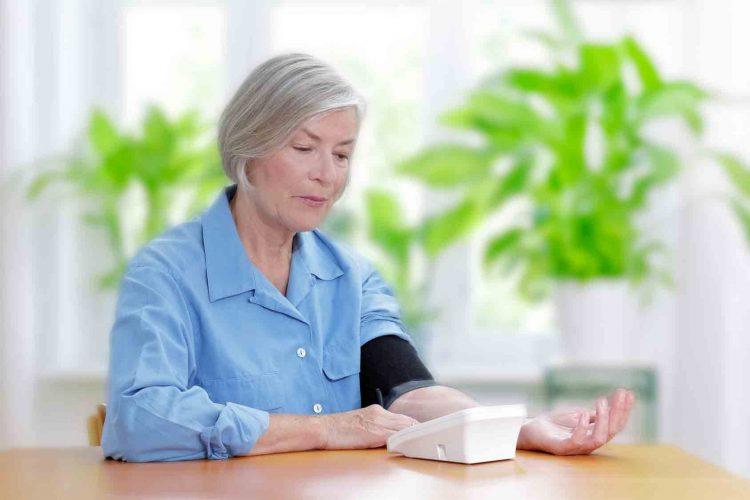 فشار خون بالا در سالمندان|مرکز پارسیان مهرپرور