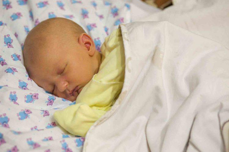 بیماری زردی در نوزادان | مرکز خدمات پرستاری پارسیان مهرپرور