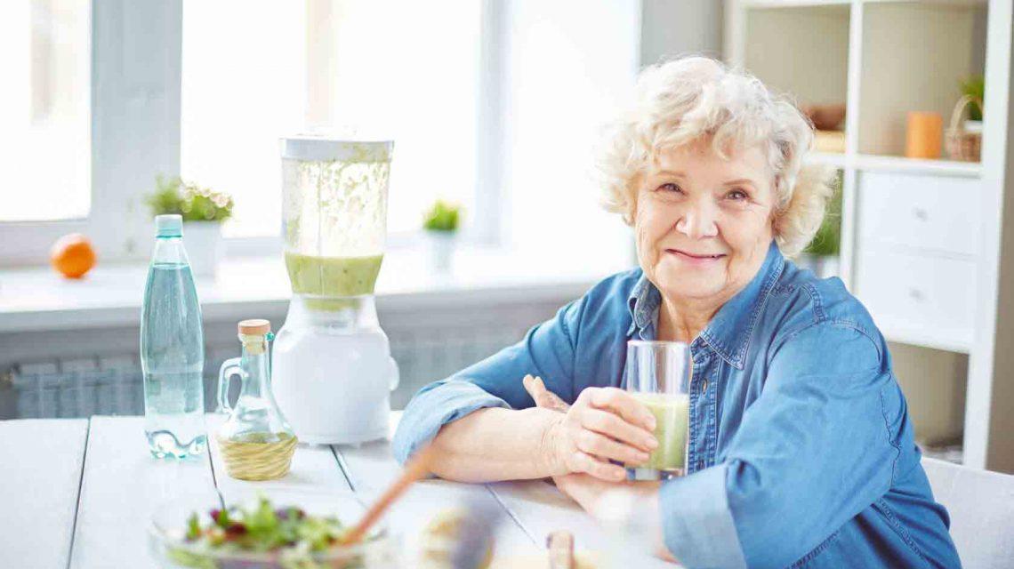 تغذیه سالمندان | مرکز خدمات پرستاری پارسیان مهرپرور
