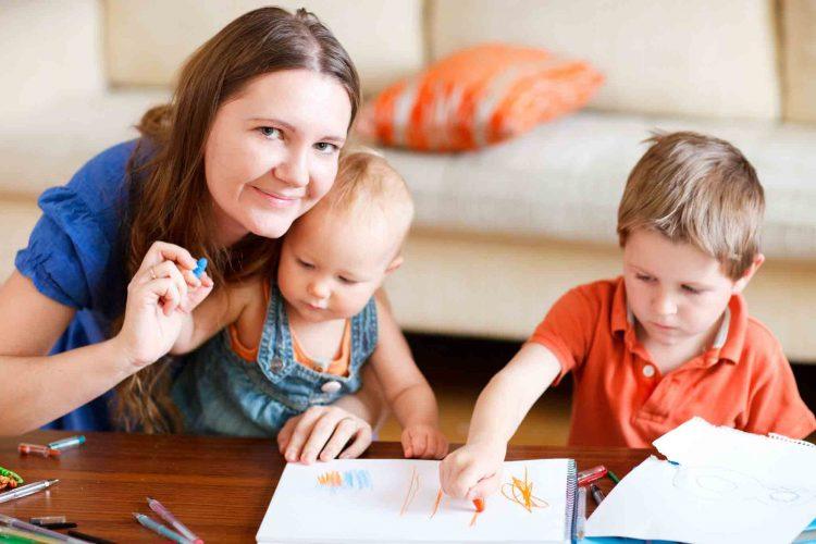 علل تعویض پرستار کودک در منزل | مرکز خدمات پرستاری پارسیان مهرپرور