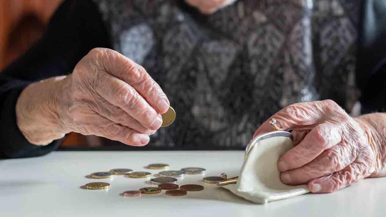 پرستار ارزان برای سالمند | مرکز پارسیان مهرپرور