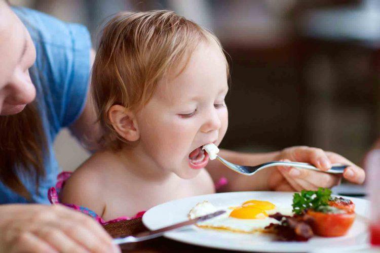 تخم مرغ برای کودکان | مرکز پارسیان مهرپرور