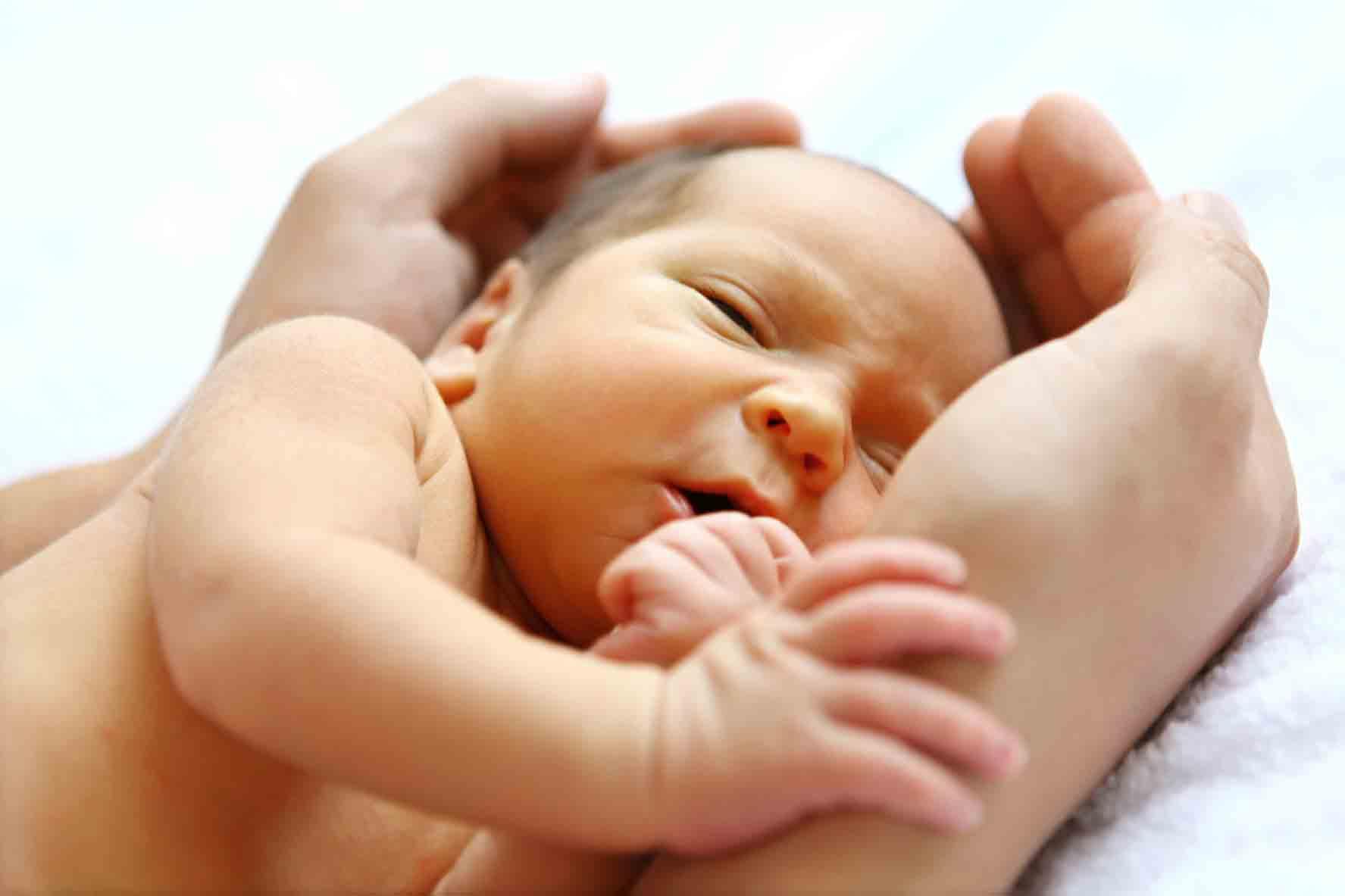 مراقبت از نوزاد | خدمات پرستاری مهرپرور