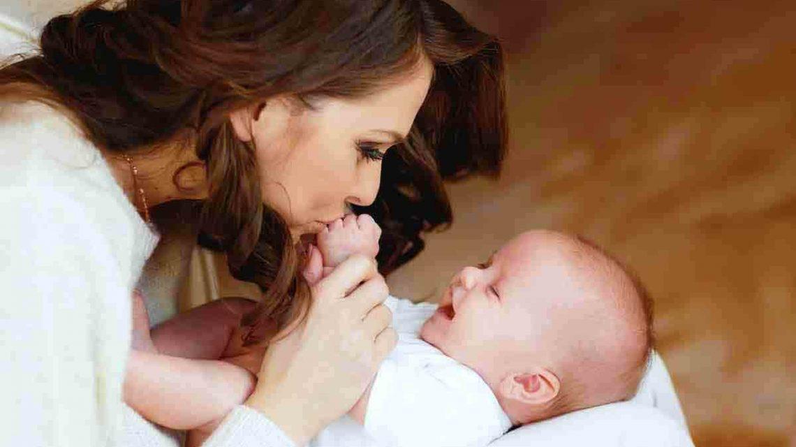 نگهداری از نوزاد | مرکز خدمات پرستاری در منزل پارسیان مهرپرور