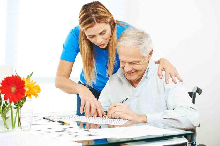 مراقبت و نگهداری از سالمند آلزایمری | مرکز خدمات پرستاری پارسیان مهرپرور