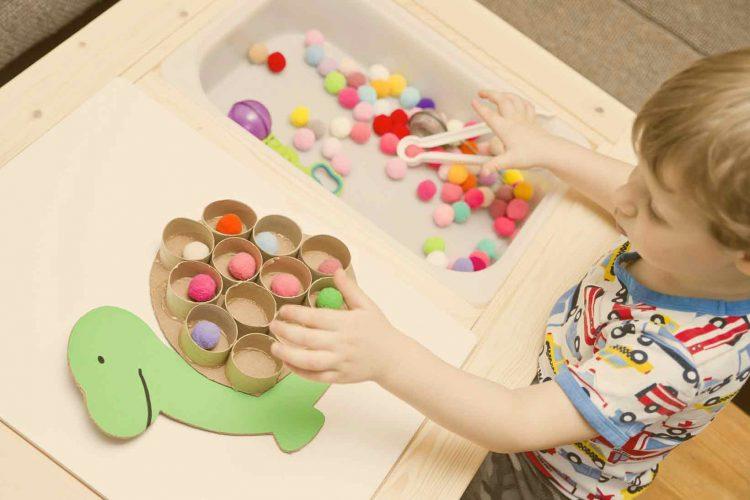 بازی های کودکانه   مرکز خدمات پرستاری پارسیان مهرپرور