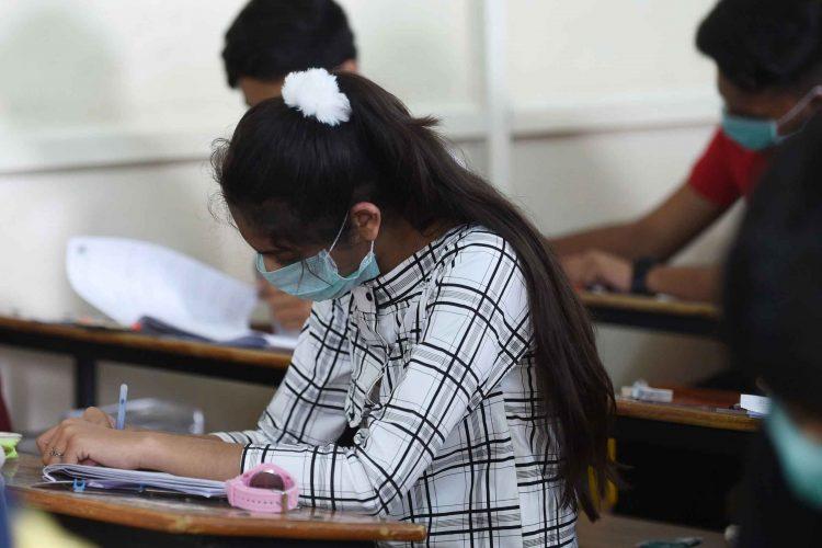 کرونا در کودکان و بازگشایی مدارس | مرکز پارسیان مهرپرور