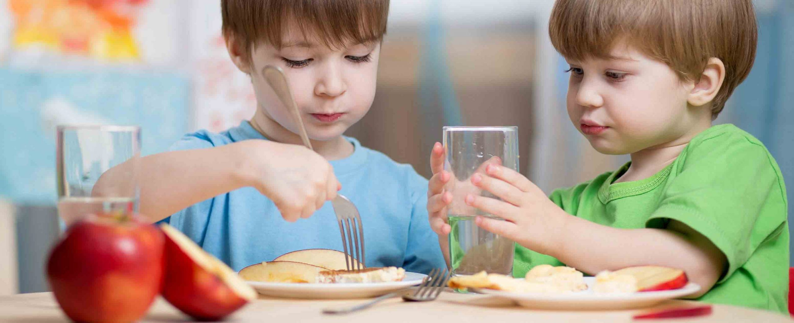 تغذیه کودک کم وزن | مرکز پارسیان مهرپرور